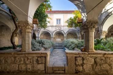 franjevacki samostan 36 370x245 - Homepage 1