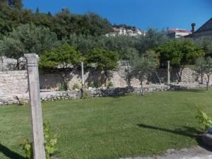 DSCN3967 300x225 - Kratka crtica o vrtu iznad franjevačkog samostana u Cavtatu
