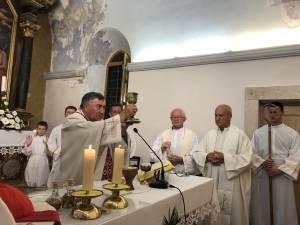 IMG 77e69608290812bb76dd1753872b05f4 V 1 300x225 - Uzoriti Vinko kardinal Puljić na proslavi Gospe Snježne u Cavtatu